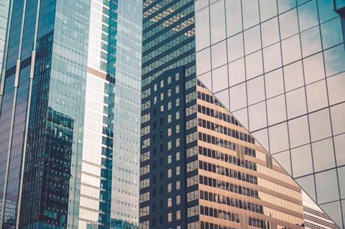 Edificios de diferentes tipos de sociedades mercantiles